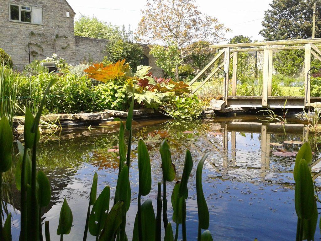 Green Space Garden Design - Traditional Walled Garden