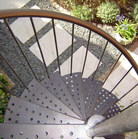 Contemporary Town Garden - Spiral Staircase - Greenspace Garden Designer